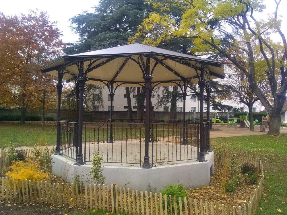 Kiosque Métallique pour la Mairie de Decines (69)